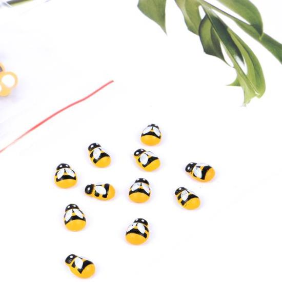 Picture of Wooden Bees 20pk 13mm x 9mm